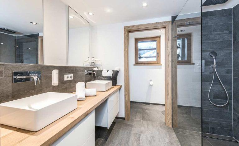 Stilvolle Badezimmer im Hotel Puradies